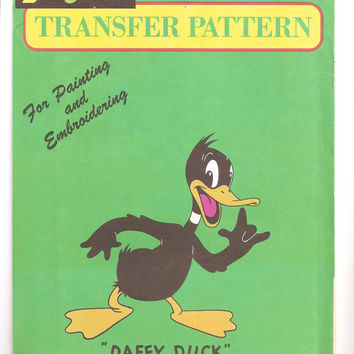 Vintage Daffy Duck Vogart Transfer Pattern, Uncut, Warner Bros, Iron On, Embroidery, Painting, No. 3006, 1970s, Arts, Crafts