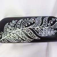 Glasses case Painted case Feather decor Zentangle decor Bohemian case