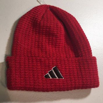 CUPUPI8 BRAND NEW ADIDAS RED WITH DOTS KNIT HAT SHIPPING