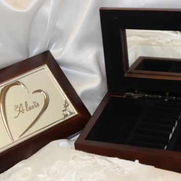 Bridesmaid gifts,  Personalized jewelry box, wooden jewelry box, Mothers Day gift, monogrammed gift,  bridal gift,  gift for her