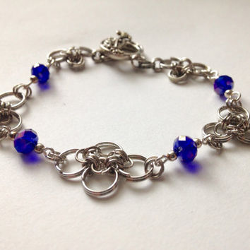 Chainmaille Blue Crystal Bracelet, Colbalt blue,Chain mail Bracelet, Bracelet,Chainmaille Bracelet,Chainmaille jewelry,Gift idea, For Her