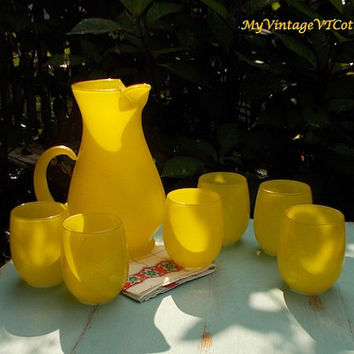 Vintage Glass Lemonade Set - Retro Pitcher and Six Glasses - Bright Lemon Yellow -