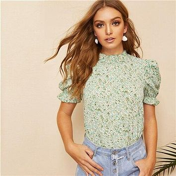 a8a75bdac94d49 SHEIN Boho Green Ditsy Floral Frill Neck Puff Sleeve Top Keyhole