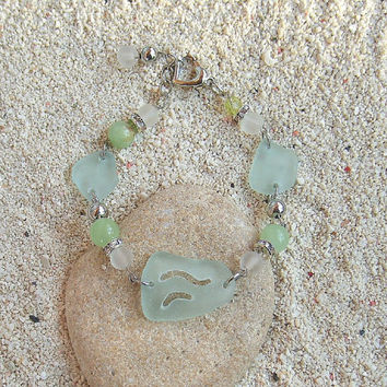Sea Glass Bracelet, Sea Glass Jewelry, Beach Jewelry, Seaglass Bracelet, Beach Glass Bracelet, Ocean Bracelet, Hawaii jewelry, Gift for her