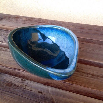 Stoneware Bowl, Small Nut bowl, Jewelry Dish, glazed Pottery Bowl, Tear Drop shaped bowl, blue green bowl