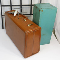 Samsonite 1950s Caramel Brown Suitcase Style 4621 Shwayder Bros Inc