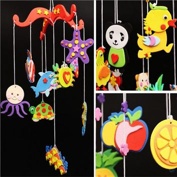 Cute Cartoon Kids Baby Developmental Toys Animals Style Wind-up Windchime Bed Toy Gifts for Children Home Room Decor