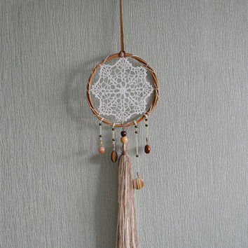 Bohemian Dream Catcher, Vintage Lace Doily Dream Catcher, Tribal, Wedding Decor, Boho Style, Vintage Wall Hanging, Beige, Natural color