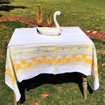 Vintage Tablecloth | Yellow & White Graphic Print