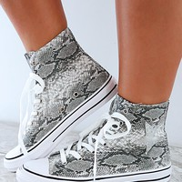 So Chill Sneakers: Snake