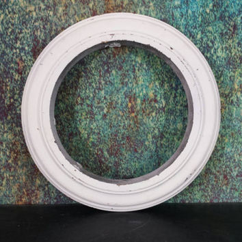 Round Picture Frame Circle Heavy Wood Shabby White Photo Frame