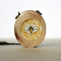 wood bee necklace, honey bee jewerly, bee necklace, honey comb, bug jewelry, bug necklace,under 50 for women