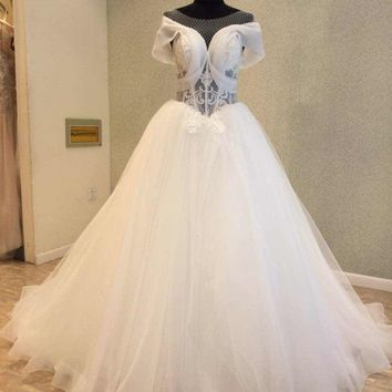 Gorgeous Organza Wedding Dresses 2018 O Neck Corset Back A-line Cheap Wedding Gowns Chapel Train vestido de casamento