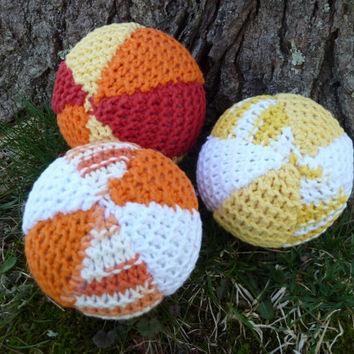 3 knitted balls, knitted ball, ball, balls, baby toys, soft toys, three balls, soft ball set, set of balls, orange, yellow