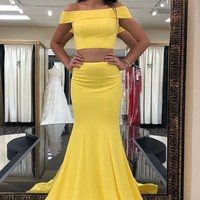 Evening Dresses Yellow Two piece Prom Dresses Off the Shoulder