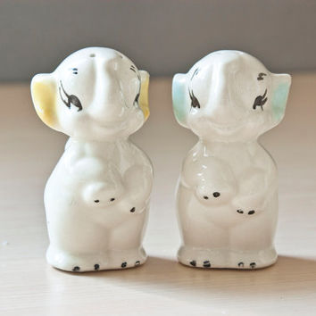 Vintage Elephant Salt and Pepper Shakers, American Bisque Pottery Company, Baby Elephants Yellow Blue