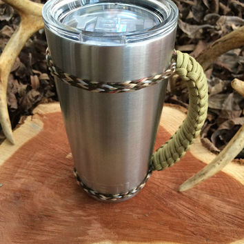 Tan/Camo Paracord Yeti 20 oz. Rambler Handle Grip