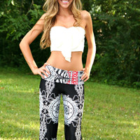 Black and White Paisley Yoga Pants