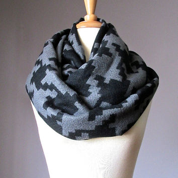 Charcoal Houndstooth scarf, Black scarf, infinity houndstooth scarf, chunky winter scarf