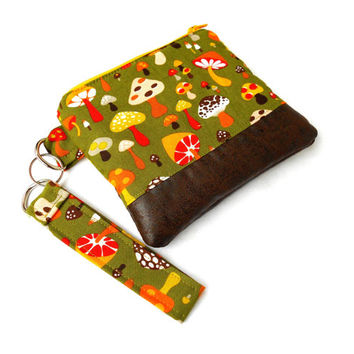 Retro Mushrooms Wristlet Clutch - Green Yellow Faux Leather Zipper Pouch