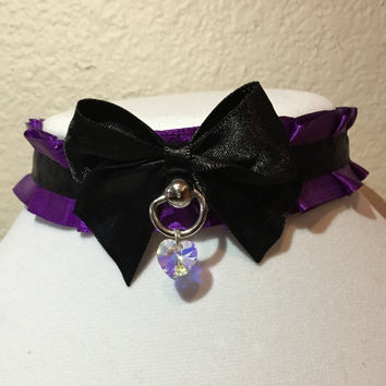 purple and black pleated TUG PROOF kittenplay petplay collar! with D ring ball post and genuine swarovski crystal heart charm!!
