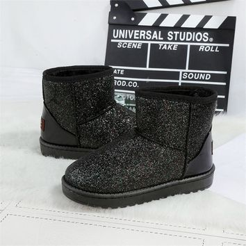 2016 Shoes Woman Nubuck Leather Black Silver Pink Sequined Winter Snow Boots Ugc Women Warm Inside Platform Flat Ankle Boots Hot