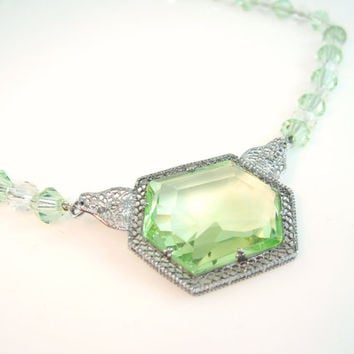 Art Deco Necklace Peridot Green Glass Rhodium Silver Filigree Setting Vintage 1920s 30s Jewelry