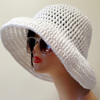 Wide Brimmed Cotton Summer Hat.