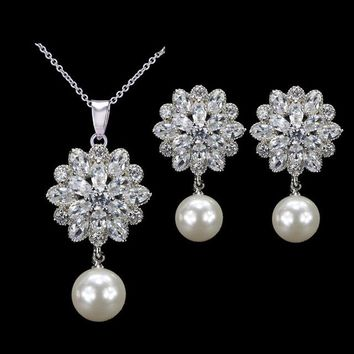2017 New Arrival Gorgeous Cubic Zirconia Flower Earring Necklace Women Fashion Pearl Jewelry Set