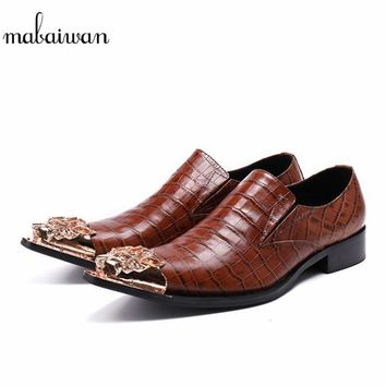 Mabaiwan 2018 Men Casual Shoes Handmade Metal Wedding Dress Shoes Men Flats Slip On Gentleman Leather Espadrilles Oxfords Shoes