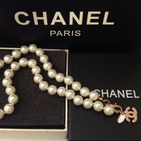 Chanel Women Pearl Necklace Short