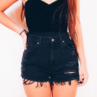 Black high waist shorts/grunge shorts/distressed/destroyed/levis wrangler rustler lee/hipster/plussize/vintage