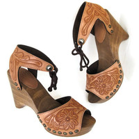 Floral Clog Shoes Tooled Floral Design in Natural Color  FULL SIZES