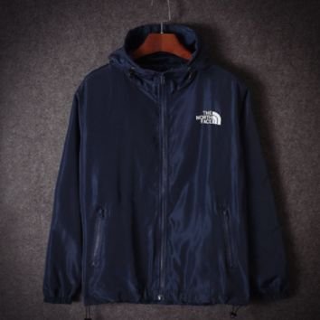 Autumn and winter Supreme tide coat windbreaker coat men and women sports couple students class service Navy blue