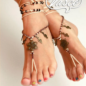 Boho Barefoot Sandals. Gypsy Bellydance Shoes. Clef Foot Thong