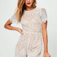 Missguided - White V Back Short Sleeve Lace Playsuit
