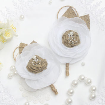 Burlap Boutonniere of Groom Wedding Rustik Bout with white Flower Custom Made by Burlap