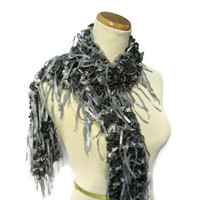 Hand Knit Ruffled Scarf - Black Gray