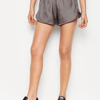 Logo Satin Short - Victoria Sport - Victoria's Secret