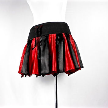 Patchwork Skirt, Upcycled Clothing, Goth Skirt, Dance Skirt, Gothic Clothes, Steampunk Skirt, Short Skirt, Rave Skirt, Black & Red Skirt