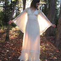 Gunne Sax Lace Angel Sleeve Wedding Dress