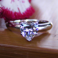 Classic heart shaped 1Carat sona Simulated Diamond  Engagement Rings For Women,Solitaire Ring with accents Wedding rings
