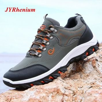 JYRhenium 2018 New Winter Hiking Shoes Men Outdoor Mountain Climbing Sneakers Professional Leather Hiking Boots Tactical Boots