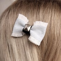 Jeans Alligator clip bow