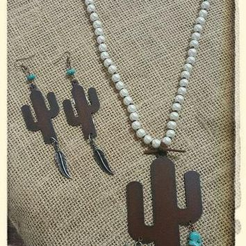 Pearl Necklace With Cactus Charm