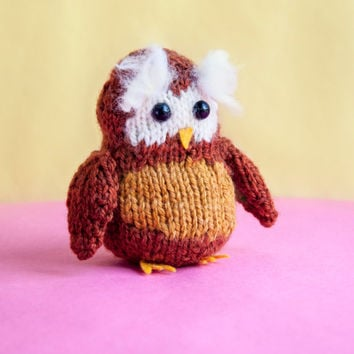 Tiny Explorer Owl Toy *Knitting Pattern* - Make your own forest friend! Amigurumi