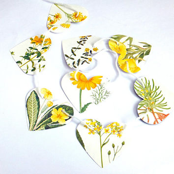 Valentine's bunting, Wedding Decor, Heart garland, Yellow flowers, Backdrop, Paper garland, Heart Banner, Botanical Bunting