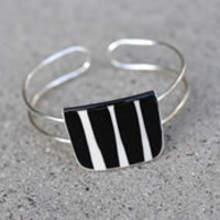 Kila Bracelet Zebra by: Kila - Huset-Shop.com | Your House For Modern