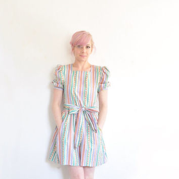 doodle striped color dress . puff sleeves . matching sash .small