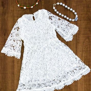 WHITE FLOWERED LACE DRESS
